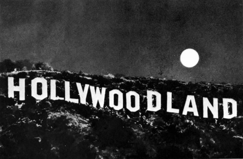 hollywoodland_moon